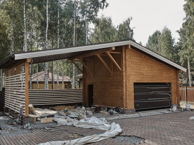 garazh-iz-kleenogo-brusa-pod-klyuch-1