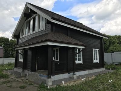 dom-iz-kleenogo-brusa-1